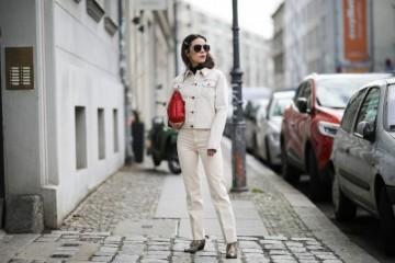 百搭时尚的牛仔裤从秀场红到街头奇妙调配穿出时尚高档感
